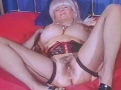 Chunky Tittied Grandma Candy Samples Masturbates