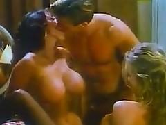 Hawt Vintage Threesome
