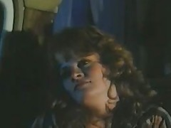 Lisa DeLeeuw vs Honey Wilder - Night Great (1985).