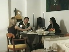 Couple invites a shemale be worthwhile for dinner