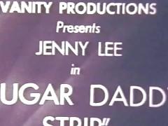Sugar daddydy disrobe