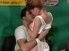 Amanda Addams - Classic Busty Sweetheart