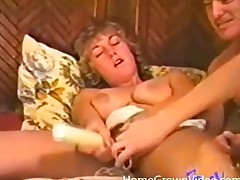 Hot output 3some with excellent cocksucking