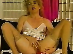 Older Chicks Masturbating Increased by Squirting