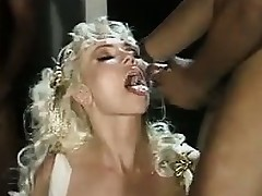Mature Light-complexioned In Interracial Gangbang Classic