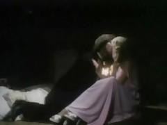 A Dreamer retro lady-love
